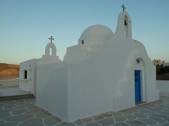 Mykonos Star: Family church