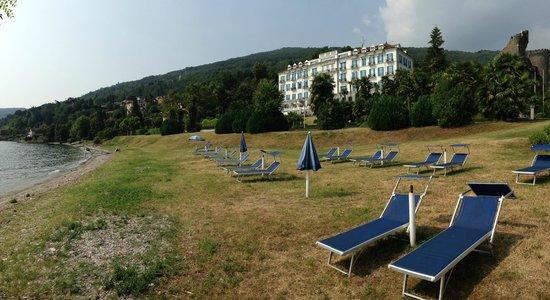 """Lido Palace Hotel : Hotel set fra """"strand"""""""