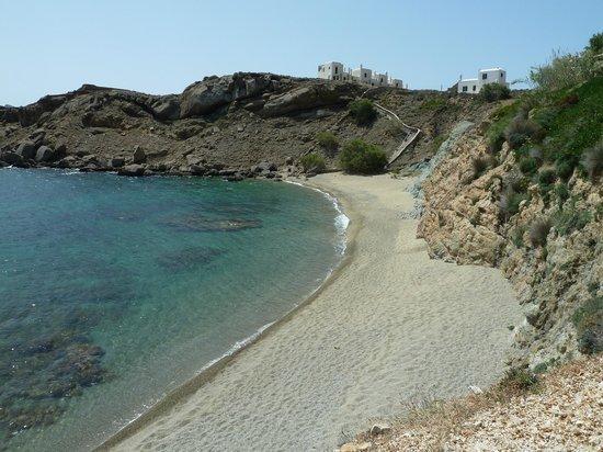Mykonos Star: Beach below the resort
