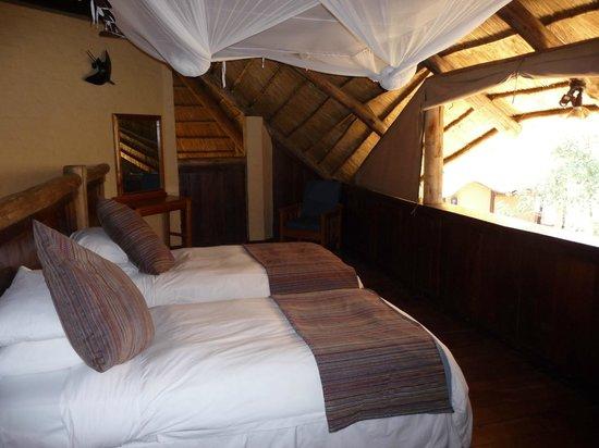 la camera da letto in mansarda - Picture of Victoria Falls Safari ...