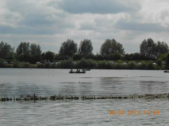 Cotswold Country Park & Beach: Pedal boats