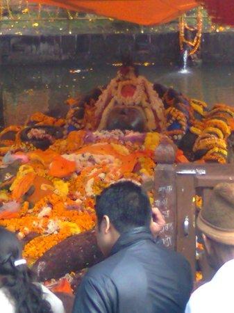Budhanilkantha: Bishnu