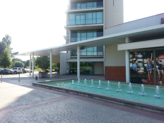 Hotel du Pasino : hotel entrance