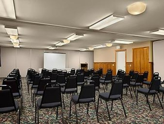 Days Inn & Suites Grand Rapids/Grandville : Conference Room
