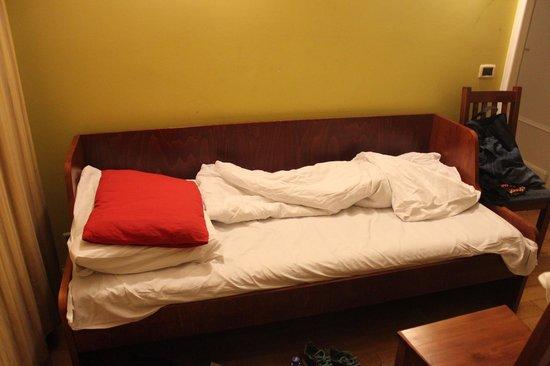 Residence Bologna: Sofa lavet til seng