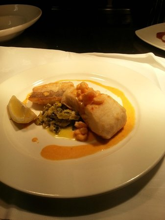 Ard na Breatha Restaurant: Grilled Atlantic Hake with Creamed Leeks & a Shrimp Sauce