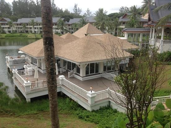 Outrigger Laguna Phuket Beach Resort: The Club ... perfect place to chill out and relax