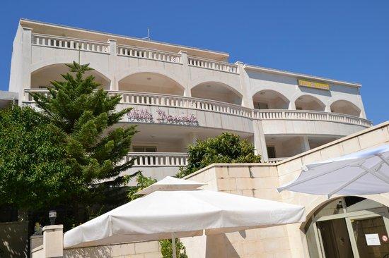Hotel Villa Daniela: Hotellet