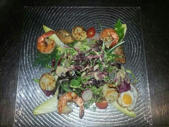 "Restaurant Metropole: Salat  ""Metropole"""