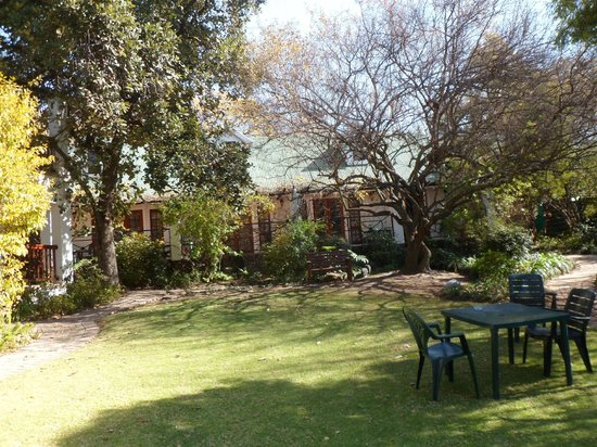 Rivonia Bed & Breakfast: Appartments in very nice garden