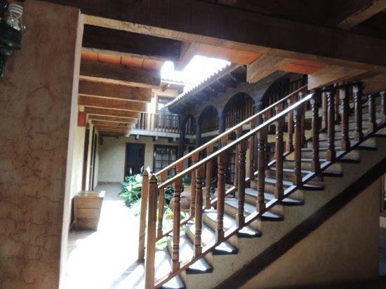 Hotel Casavieja: Cortile interno