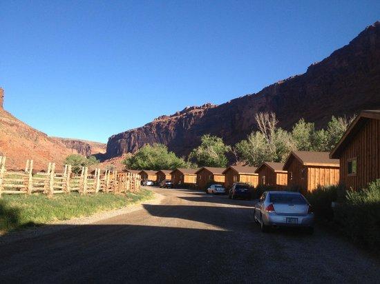 Red Cliffs Lodge: Vista dos chalés