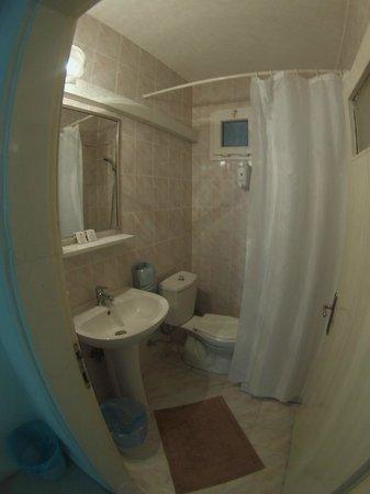 Guzel Izmir Oteli: banyo