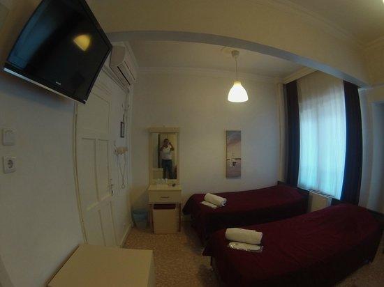 Güzel Izmir Hotel: twin room