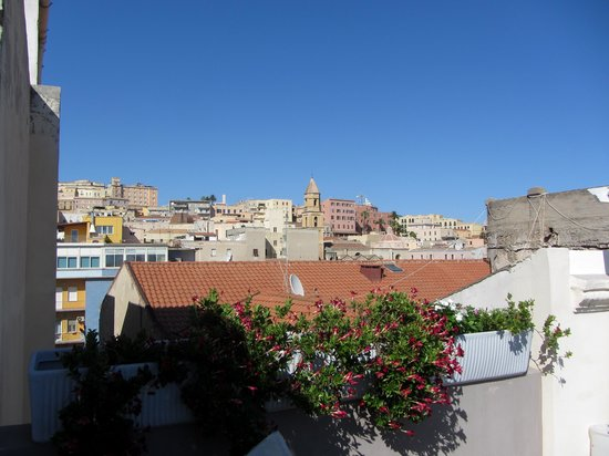 Marina di Castello: View up to Cagliari from the roof terrace