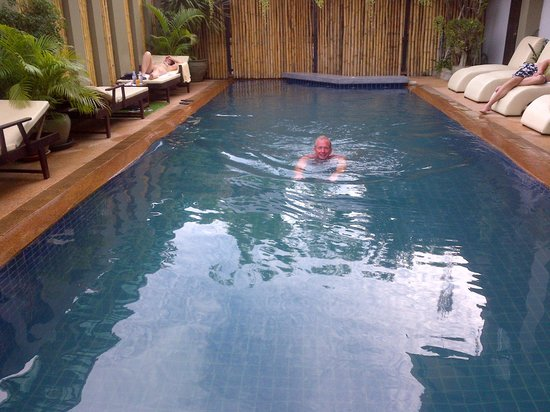 King Grand Suites Boutique Hotel II : klein maar fijn zwembad