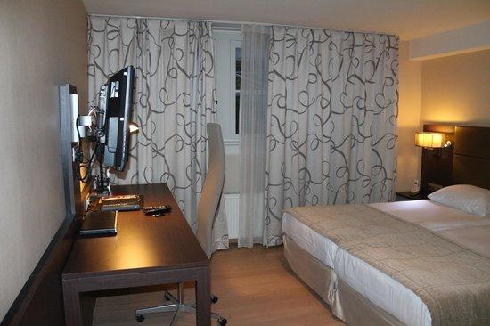 Krasnapolsky Apartments: un aspect de la chambre
