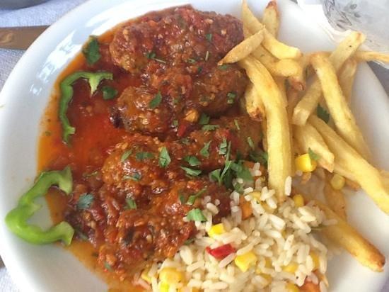 Mesogeios: polpette in salsa speziata