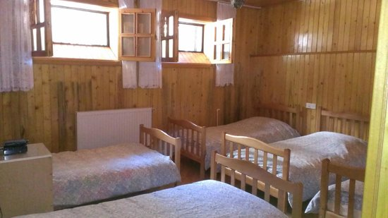 Room 404: Zimmer fur 5 Personen 2