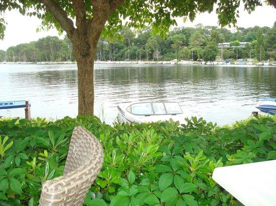 La Caravelle: vue sur le lac