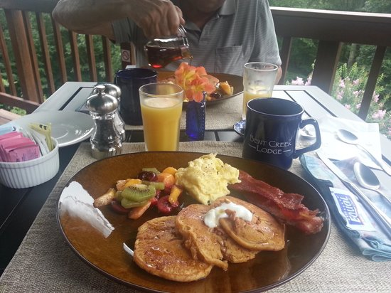 Bent Creek Lodge: breakfast