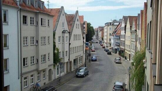 Augsburger Hof: up auf dem kruez