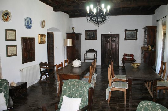 Casona de Treviño: Salón