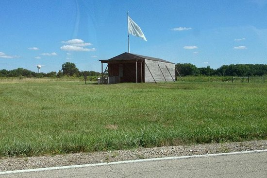 Huffman Prairie Flying Field: The building, and a flag ...