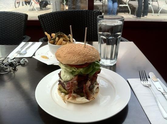 Gourmet Burger Kitchen: Ottimo burger ma ... inapprocciabile !!!
