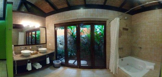 Rio Celeste Hideaway Hotel : bathroom