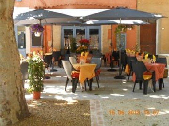 Restaurant la cascade french restaurant avenue amboise for Restaurant la cascade