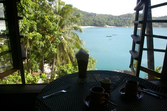Panviman Resort - Koh Pha Ngan: Blick vom Frühstückstisch