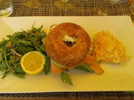 Palm Café : Bagel au saumon
