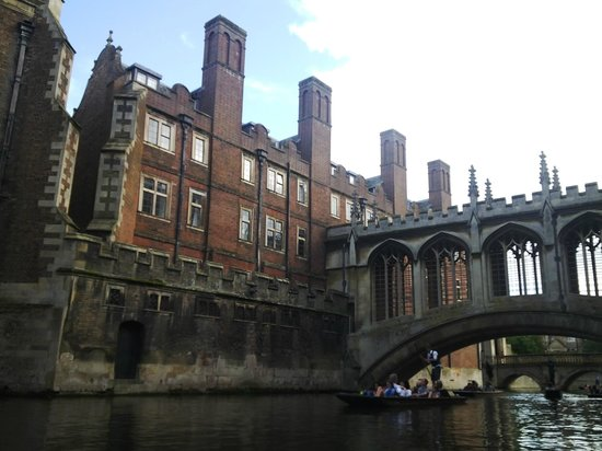 Go Punting Cambridge