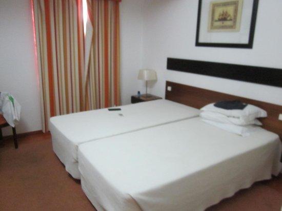 Lagosmar Hotel: Twin Room- clean