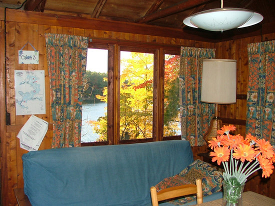 Harold's Resort at Spider Lake: Cabin # 3 - has a view of the lake from all windows