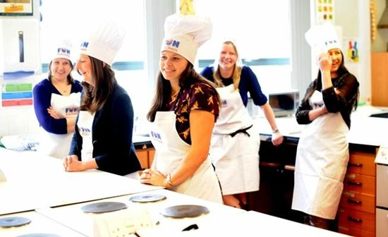 Fun Kitchen: Adult Cookery Classes