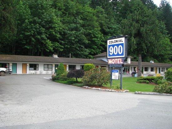 Colonial 900 Motel, Hope, BC