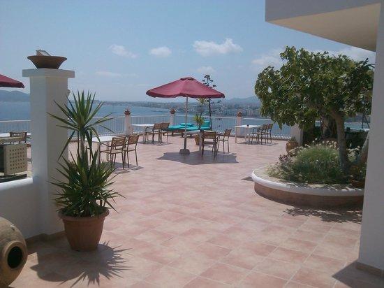 Hostal MarBlau Ibiza: Terrasse