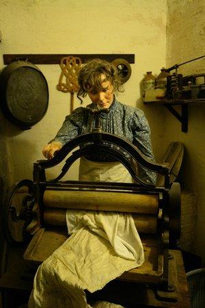 Lancaster City Museum: Sewing machine