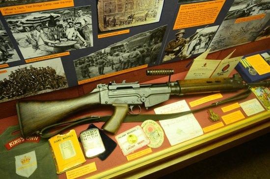 Lancaster City Museum: Bren rifle