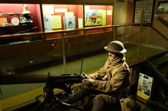 Lancaster City Museum: World War I trench soldier with machine gun
