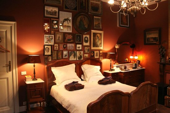 B&B De Lachende Engel: The red room