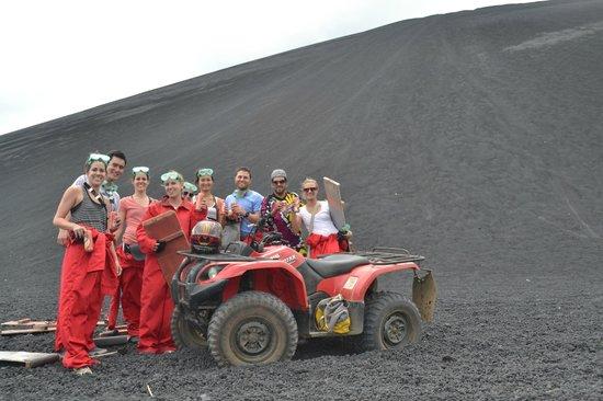 Latina Hostal: Latina Volcano Boarding at Cerro negro
