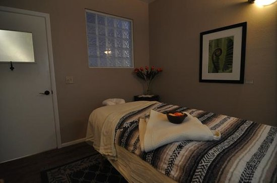Mountain Waves Healing Arts: Massage Therapy Treatment Room