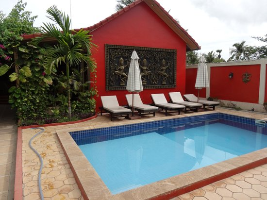 Sun Sothy Guesthouse: piscine