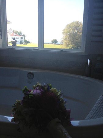 Eden by the Sea: View from the bathroom- Grand Chamber