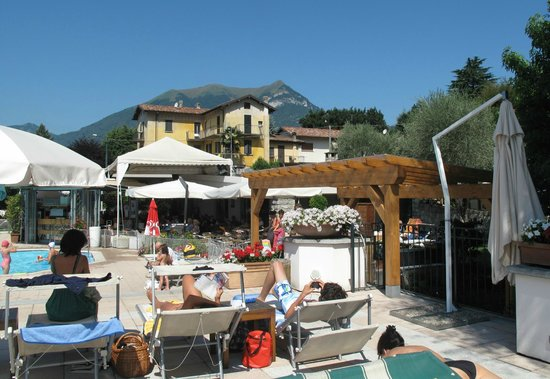 pool view - bellagio sporting club. - picture of hotel du lac