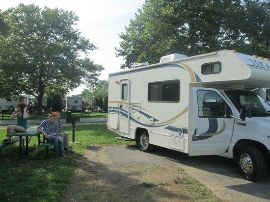 Cedar Point's Lighthouse Point : our campsite