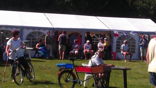 Lavensby Strand Camping : sommmerfesten med højt humør
